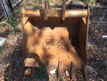 John Deere 310G Backhoe Bucket
