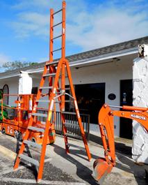 Werner 12ft Trestle Fiberglass Ladder