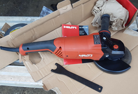 Corded Angle Grinder AG 700-14D