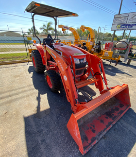 Kubota LA525 Compact Tractor Front Loader